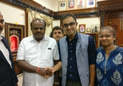 Chief Minister Kumaraswamy with CHD Group CEO and team